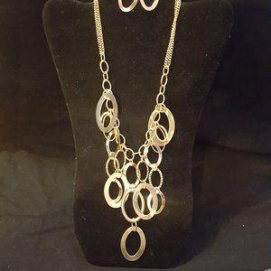 Paparazzi Gold Necklace Set J-211